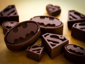 Postal: Chocolates de Batman y Superman