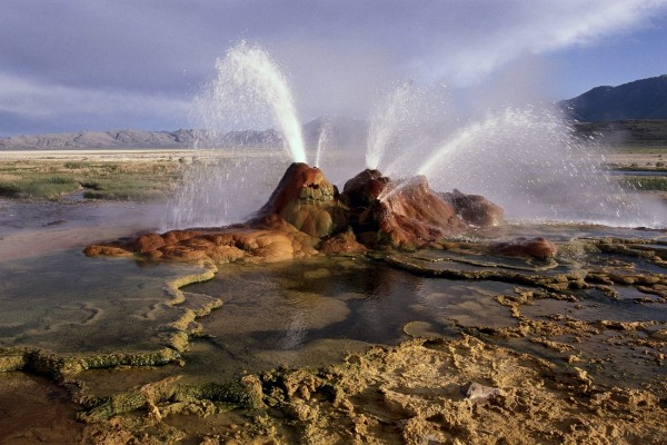Fly Geyser, en el desierto de Black Rock (Nevada)