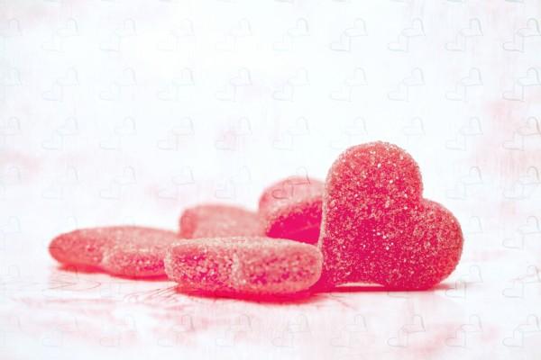 Golosinas de corazón con mucho azúcar