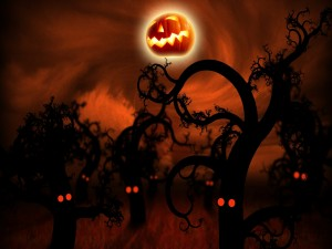 Postal: Árboles tenebrosos en la noche de Halloween