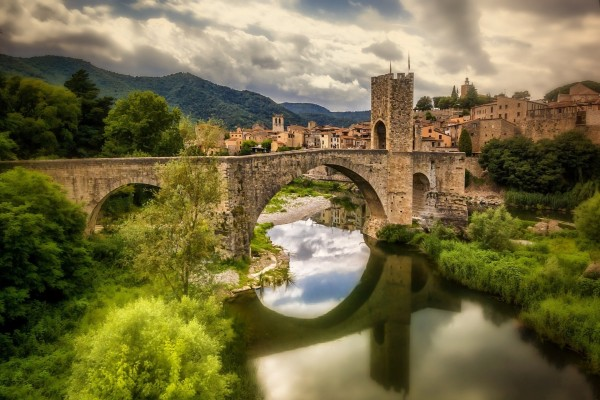 Puente de Besalú (Gerona, España)