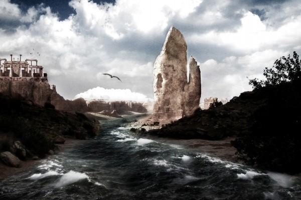 Águila volando sobre un río bravo