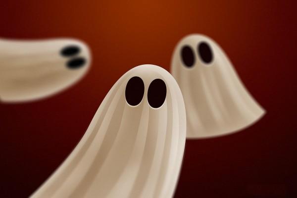 Fantasmitas en Halloween