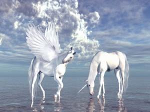 Postal: Un unicornio y Pegaso a orillas del mar (seres mitológicos)