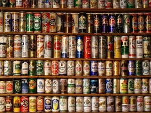 Postal: Colección de latas de cerveza