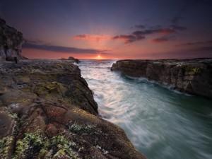 Postal: Desembocadura de un río al mar