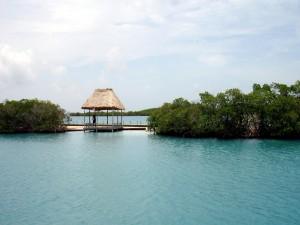 Postal: Cabaña en el mar (Belice)