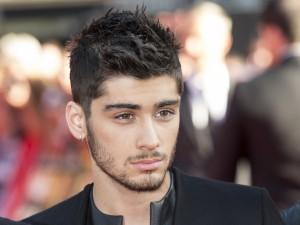 """Postal: Bonita mirada de Zayn Malik """"One Direction"""""""