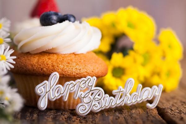 """Un cupcake para desearte """"Feliz Cumpleaños"""""""