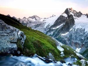 Postal: Riachuelo en las montañas
