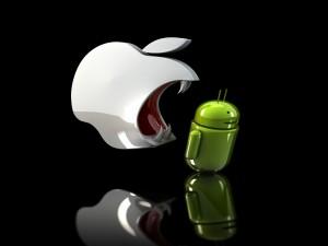 Los colmillos de Apple quieren morder a Android