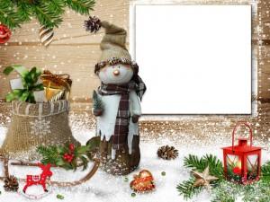 Tarjeta con un muñeco de nieve y adornos para Navidad