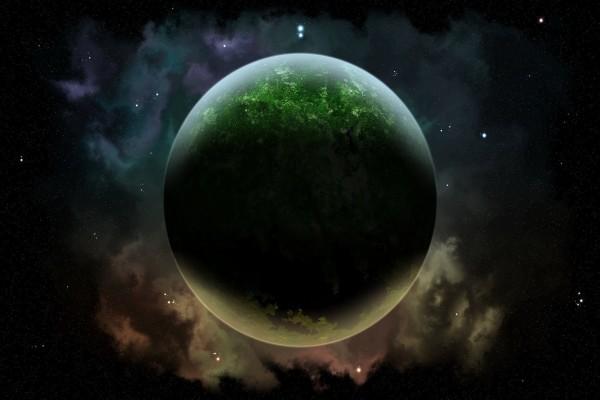 Un planeta verde en el espacio