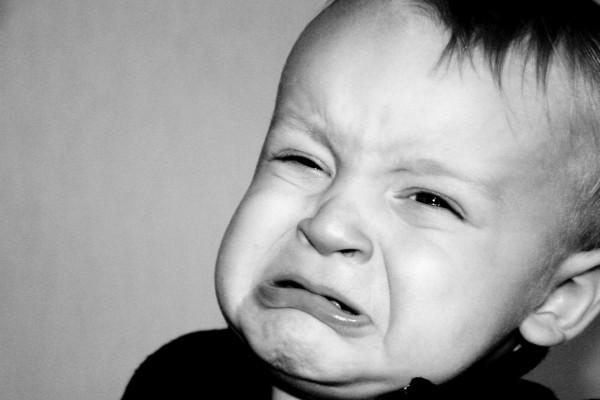 Un niño a punto de llorar