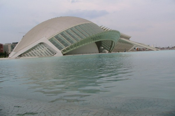 Edificio en la Ciudad de las Artes y las Ciencias (Valencia, España)