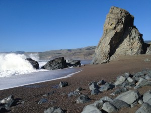 Playa rocosa en Goat Rock Beach (Condado de Sonoma, California)