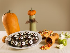 "Postal: Divertidos búhos con galletas tipo Oreo para merendar en ""Halloween"""