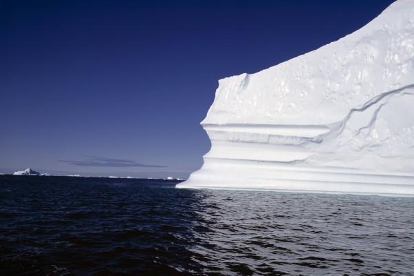 Zona con varios icebergs