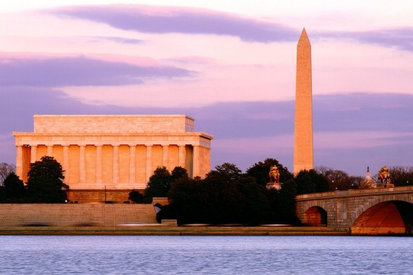 Vista de los monumento a Lincoln y a Washington