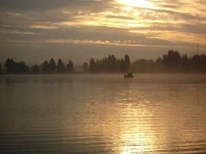 Postal: Pesa en el lago