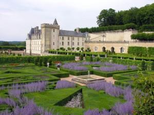 Postal: Castillo y jardines de Villandry (Francia)