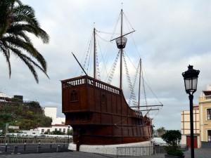 Replica de una carabela de Cristóbal Colón (Santa Cruz de La Palma, Islas Canarias)