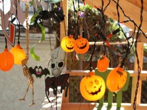 Postal: Decoración colgante para Halloween