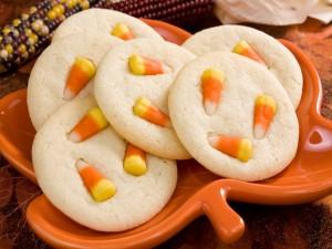Galletas con caramelos de maíz para Halloween