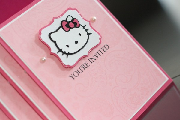 Tarjetas de invitación de Hello Kitty