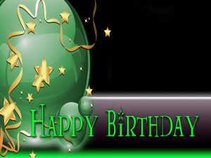 """Postal: Globos verdes y """"Feliz Cumpleaños"""""""