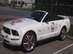 Ford Mustang de Hello Kitty