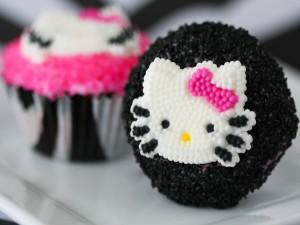 Cupcake con la cara de dulce de Hello Kitty