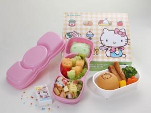 Comida infantil en el Eva Air Hello Kitty