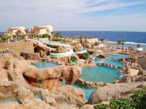 Postal: Magníficas piscinas junto al mar