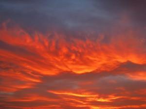 Postal: Nubes anaranjadas