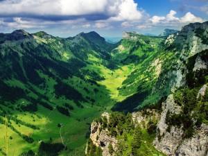 Justistal (Justis Valle) en los Alpes de Berna, Suiza