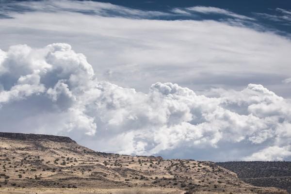Espectaculares nubes cúmulos sobre el norte de Nuevo México