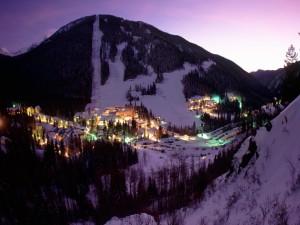 Estación de esquí al amanecer