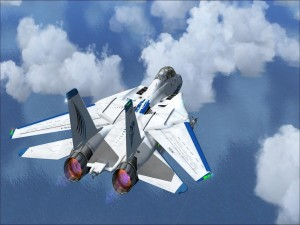 Avión de combate sobre el mar