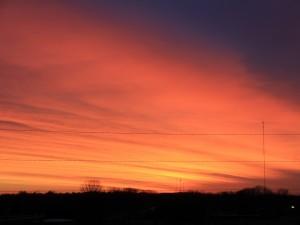 Postal: Cielo anaranjado al caer la noche