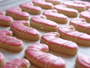 Ricas galletas en forma de bastón de caramelo