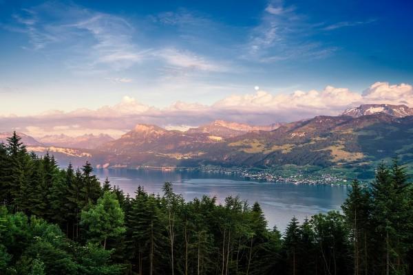 Lago de Zúrich, Suiza