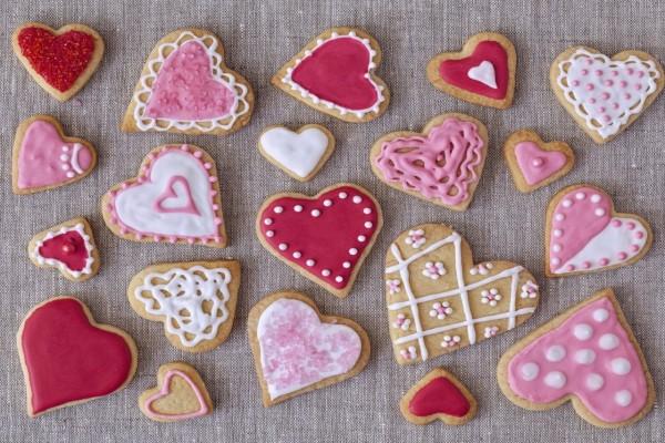 Masitas de corazón adornadas con glasé