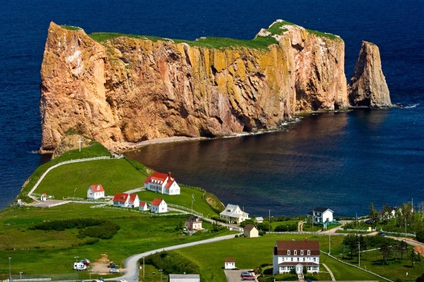 La ciudad costera de Percé (Quebec, Canadá)