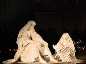 Postal: Estatuas de San José, la Virgen María y el niño Jesús