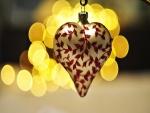 Corazón dorado para decorar en Navidad