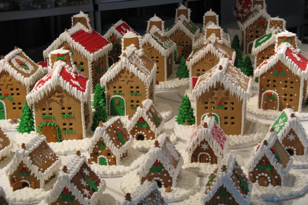 Casas de jengibre (gingerbread house) decoradas para Navidad