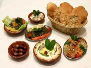 Postal: Palatos de comida griega