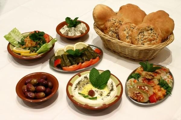 Palatos de comida griega
