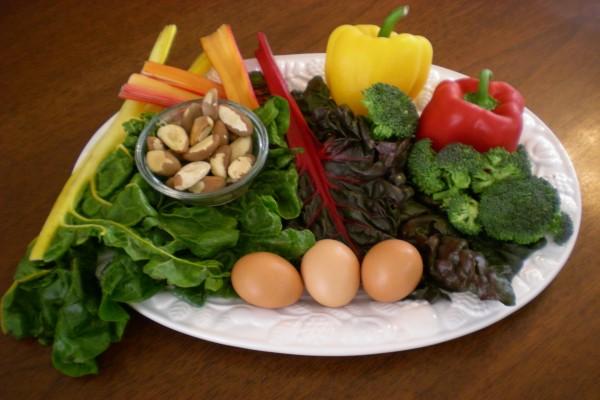 Verduras, huevos y frutos secos